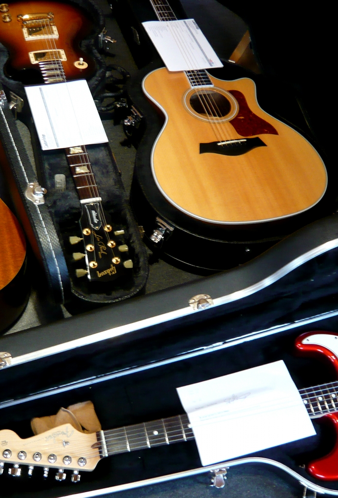 Ready to dispatch www.guitarlodge.co.uk