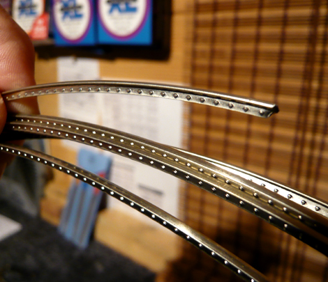 Fret wire close up showing crown, tang & barbs.