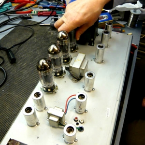 valve amplifier servicing. Fender twin valve replacement during service