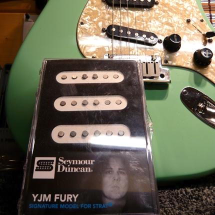 Fender Stratocaster pickup install: