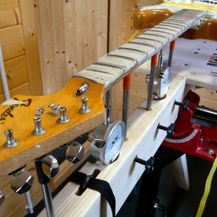 Dressing frets on the jig: